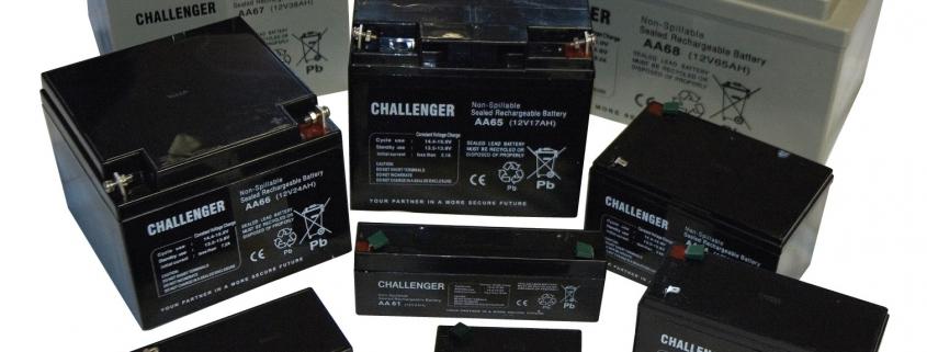A riasztó akkumulátor hasonló figyelmet igényel mint a gépjárművé